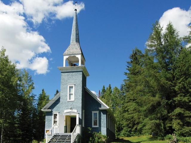 La chapelle au Pied-du-Lac